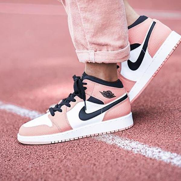 Giày Jordan 1 Mid Pink Quartz