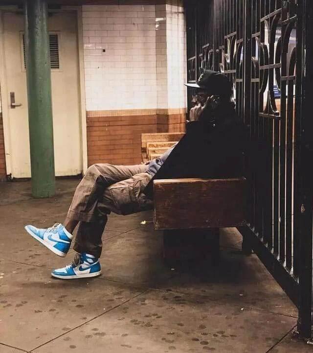 Phối đồ với giày Jordan 1 High UNC