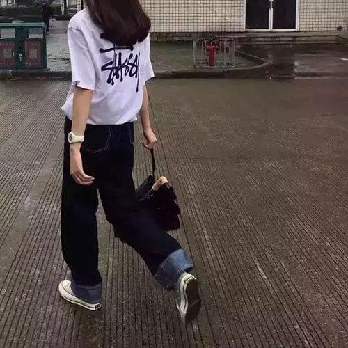 Quần jean + giày vải