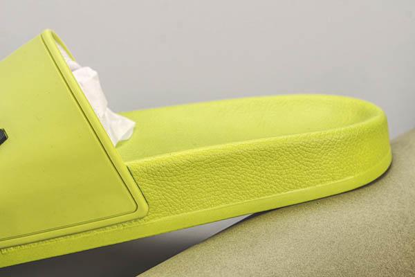 Dép Balenciaga Pool Slide màu xanh lá
