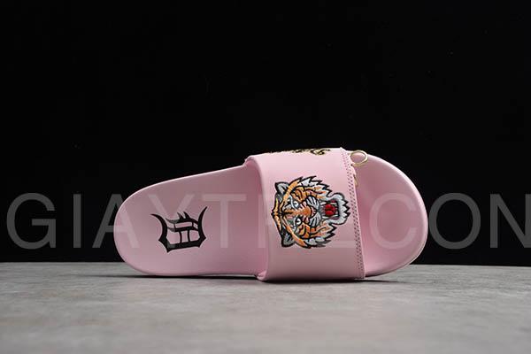 Dép MLB chữ thêu hình hổ màu hồng