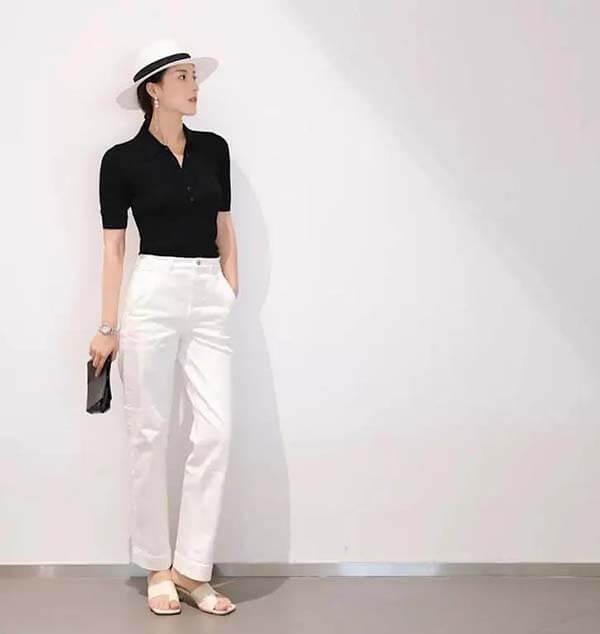 Áo Polo đen + quần tây trắng